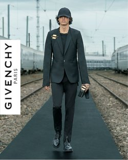 Givenchy offers in the Givenchy catalogue ( Expires tomorrow)