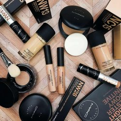 Offers of Camping in MAC Cosmetics