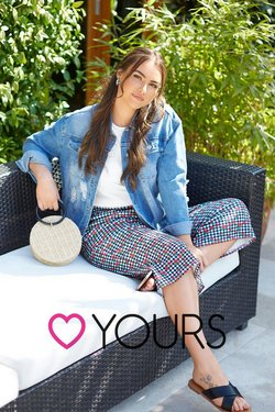 Clothes, Shoes & Accessories offers in the Yours catalogue ( 4 days left)