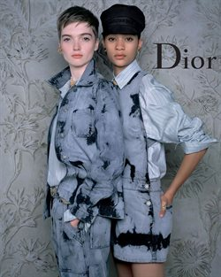 Clothes, Shoes & Accessories offers in the Dior catalogue in Dubai ( 2 days ago )