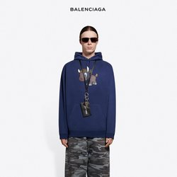Balenciaga catalogue ( 3 days left )
