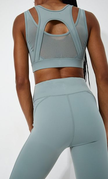 Sculpting sports bra offers at 149 Dhs