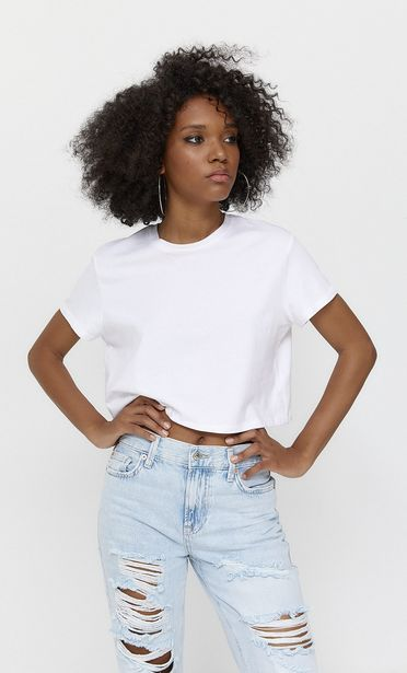 Basic short sleeve crop top offers at 45 Dhs