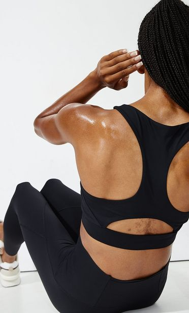 Compression sports bra offers at 149 Dhs